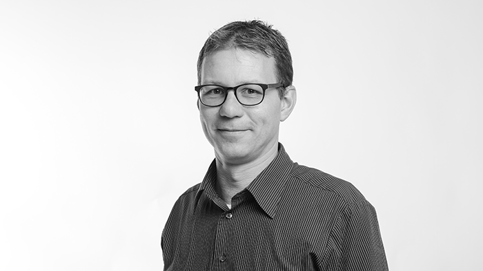 Dr. Bernhard Miller